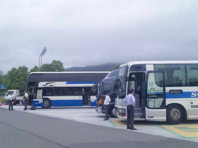 仕事に向くバス向かぬバス