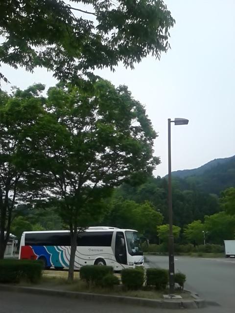 余裕たっぷりのバスで往復する中央道の旅